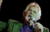 Washington, DC. USA, 21nd March, 1992 Kenny Rogers performs live during the 50th anniversary show from the studios' of Voice of America.