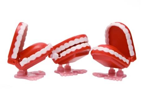 chat-teeth-pr2.jpg