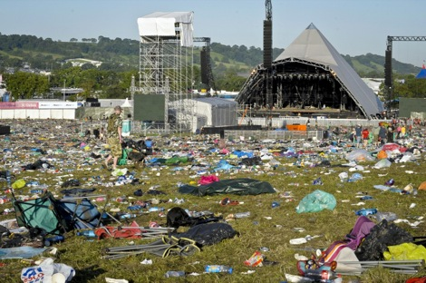 SHOWBIZ Glastonbury 1126_332.jpg