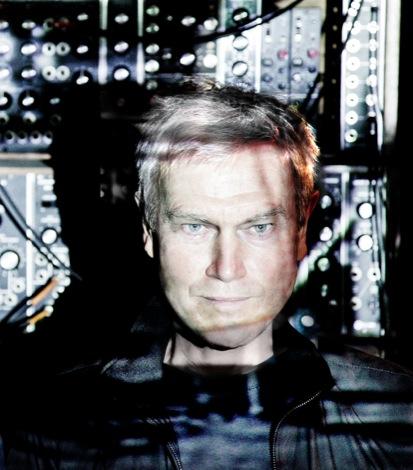 JOHN FOXX 2011 Play Studio uncropped best photo (c) Ed Fielding 2011.jpg