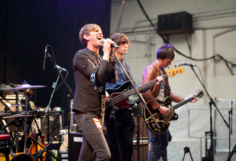 Folks live at Liverpool Sund City 2012.jpg