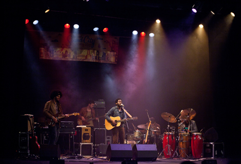Michael Kiwanuka live at Liverpool Sound City 2012 blog.jpg