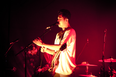 The Temper Trap live at Liverpol Sound City 2012.jpg
