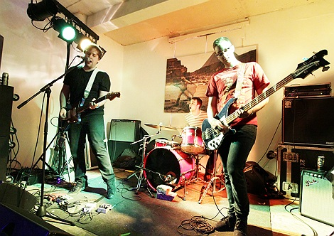 kestrels  live at Liverpoo Sound City 2012.jpg