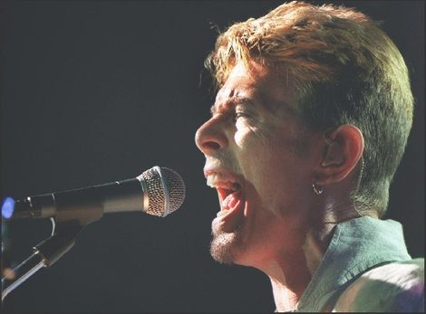 David Bowie again live at the Royal Court.jpg