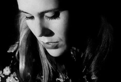 Kate Nash live at the Zanzibar Liverpool close up.jpg