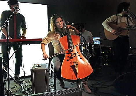 Tibi_and_her_Cello_live_at_Liverpool_Sound_City_2012