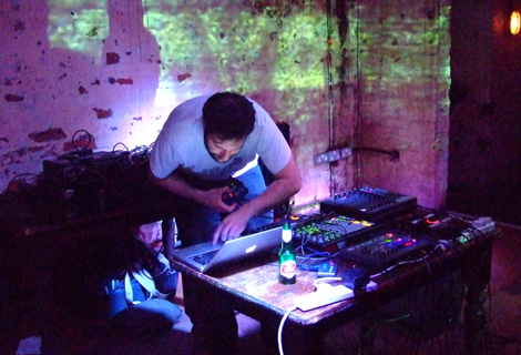 Isocore live at Shipping Forecast.jpg