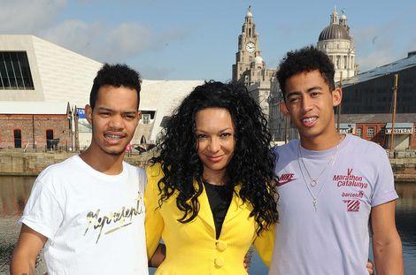 Mobo-Awards-Liverpool-2012-kanya-rizzle-kicks.jpg