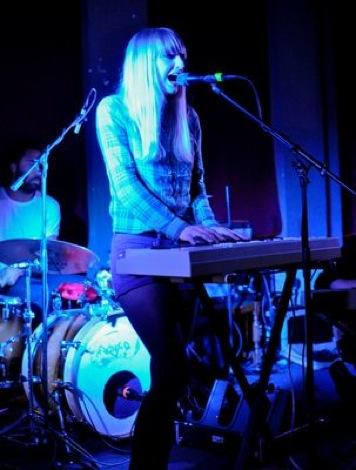 Echo Lake live at Leaf Cafe in Liverpool.jpg