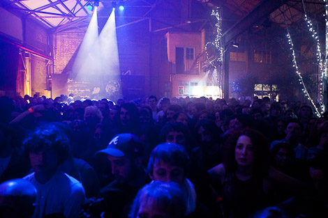 The crowd at the Liverpool International Festival of Psychedelia.jpg