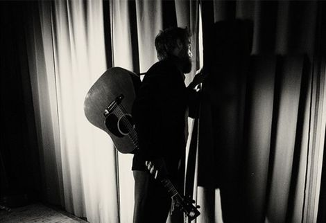 Ethan Johns live in Liverpool Music Consortium Capstone Theatre.jpg