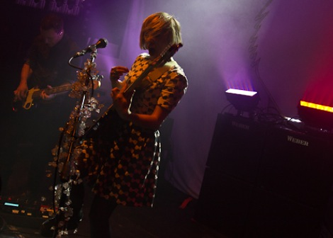 Joy-Formidable-live-at-the-kazimier-2013-2.jpg