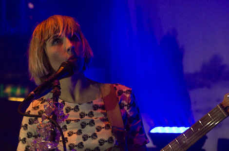 Joy-Formidable-live-at-the-kazimier-2013.jpg