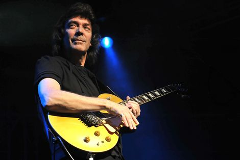 steve-hackett-genesis-revisited-liverpool-philharmonic