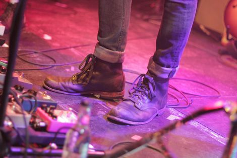 Local-Natives-kazimier-review-pictures-shoes
