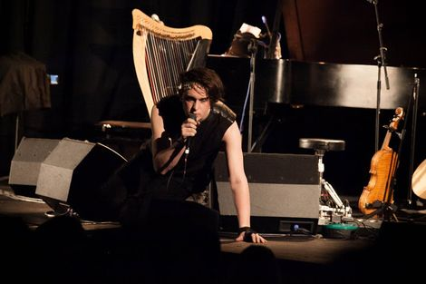 Patrick-Wolf-Epstein-Theatre-Everisland-Liverpool-review-Patrick-front-stage.jpg