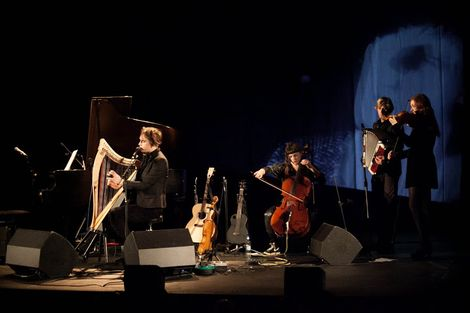 Patrick-Wolf-Epstein-Theatre-Everisland-Liverpool-review-Patrick-harp.jpg