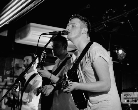 The-Hummingbirds-Cavern-liverpool-live-review-4.jpg