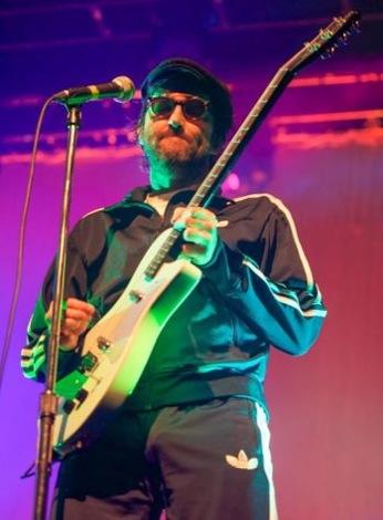 eels-manchester-academy-2013-review-guitar.jpg