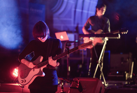 daughter-home-liverpool-cathedral-live-review.jpg