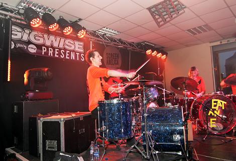jazzhands-05a.jpg