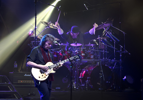 steve-hackett-genesis-revisited-liverpool-philharmonic-hall-review-tickets.jpg