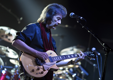 steve-hackett-genesis-revisited-liverpool-philharmonic-hall-review.jpg
