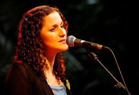liverpool-acoustic-lizzie-nunnery-folk-view-two-gallery-leaf.jpg