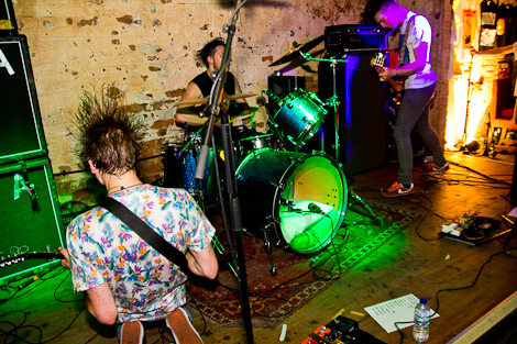 Dinosaur-Pile-Up-Liverpool-Shipping-Forecast-review-1