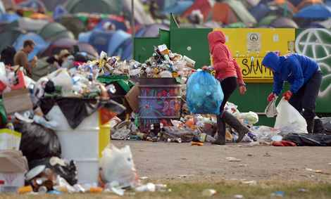 litter collectors.jpg