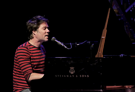 Rufus Wainwright Performing at Liverpool Philharmonic Hall - 01-