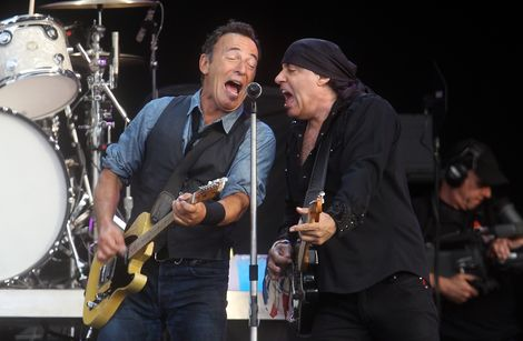 Hard Rock festival Bruce Springsteen E Street review noise cancellation McCartney.jpg