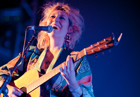 summercamp-camp-furnace-martha-wainwright