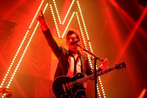 arctic-monkeys-liverpool-echo-arena-walk-on-the-wildside-lou-reed-review.jpg