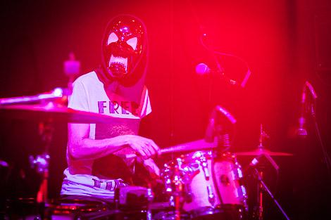 pinkunoizu-east-village-arts-club-liverpool-review-drums.jpg