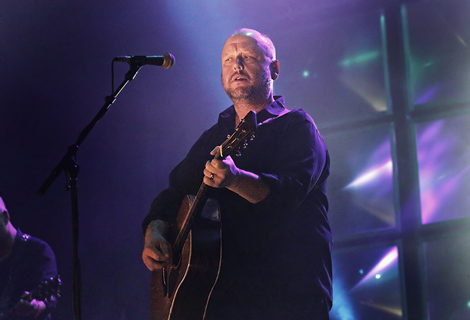 pixies-manchester-apollo-review-frank-black.jpg
