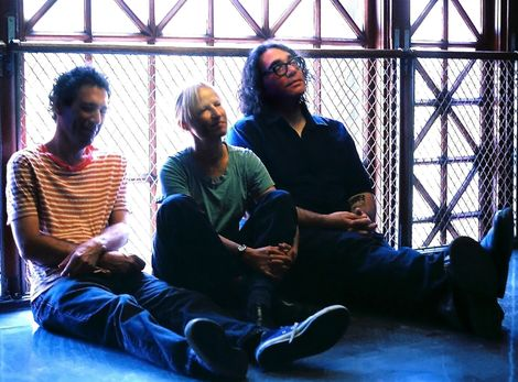 yo-la-tengo-liverpool-east-village-arts-club-harvest-sun-tickets.jpg