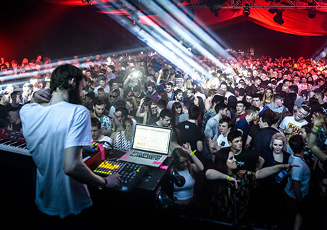 BuggedOutWeekender-live review dj 4