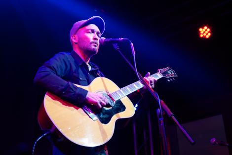 Ben Watt guitar live at evac