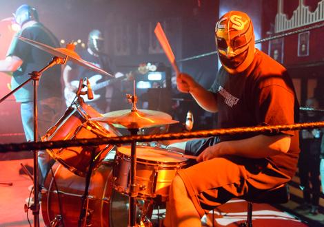 spanish announce team live kazimier drummer