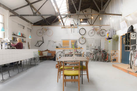 mary mary bicycle cafe 2