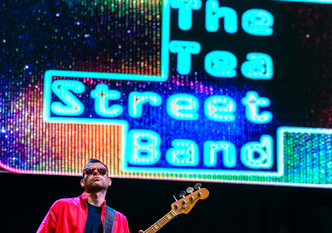 tea street band live at aintree 2