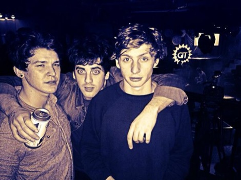 circa waves at the git award 2014.jpg