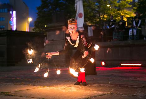 LightNight (10) fire dancers