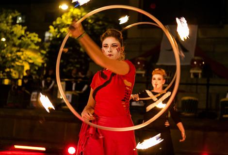 LightNight (17) fire dancers