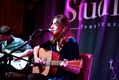 Maya Avgar live soundcity