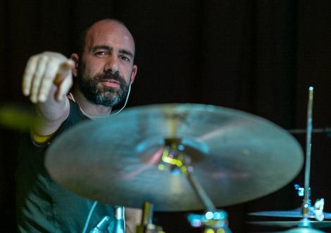 satelliti drummer mello mello