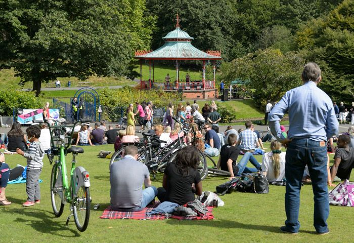 Crowd at the Bandstand
