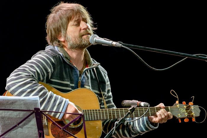 King Creosote_simon_lewis_3375